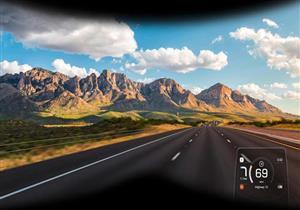 أول شاشة للدراجات النارية تعرض بيانات الملاحة في مجال رؤية السائق