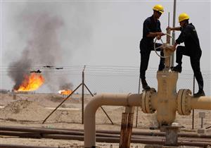 النفط حائر بين تراجع الأسواق ومؤشرات على شح المعروض