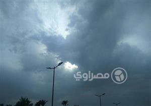 الأقصر ترفع درجة استعداداتها بسبب الغيوم والسحب الكثيفة (صور)