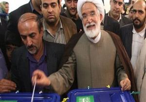 من هو مهدي كروبي الذي أجبر الأمن الإيراني على مغادرة منزله؟