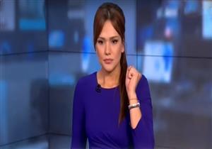 """مراسل قناة روسية يتعرض لـ""""لكمة"""" في الوجه على الهواء- فيديو"""