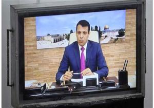 الفايننشال تايمز: دحلان يرعى محادثات بين القاهرة وحماس لفتح معبر غزة
