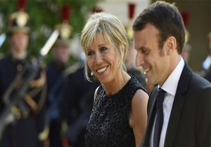 صحيفة بريطانية: زوجة ماكرون تثير غضب فرنسا