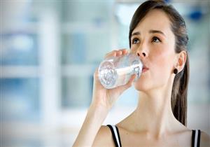 للحفاظ على صحة الكلى.. كم لتر ماء تحتاجه يوميا؟