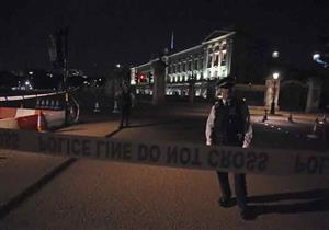 شرطة لندن تحقق مع رجل حاول مهاجمة أفرادها قرب قصر باكنجهام