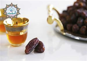 هل يجوز الجمع بين صيام العشر من ذي الحجة وقضاء ما فاته في رمضان؟