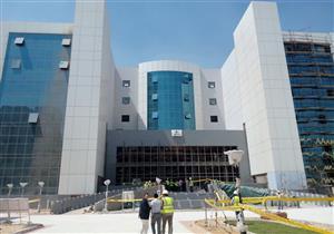 وزير الصحة يتفقد مستشفى 15 مايو المركزي تمهيدًا لافتتاحه