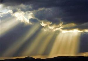 9 أصناف من البشر تلعنهم الملائكة.. تعرف عليهم