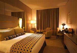 """10 أغراض مجانية في بعض الفنادق.. منهم """"السيارات وكاميرات GOPRO"""""""