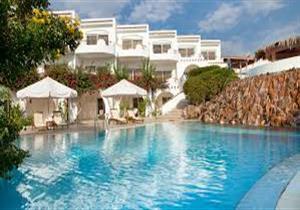 السياحة ترد على منع مرتديات المايوه الشرعي في بعض الفنادق