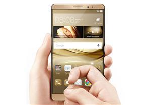 """هواوي تقدم لمستخدميها مميزات """"ثورية"""" في هواتفها الجديدة"""