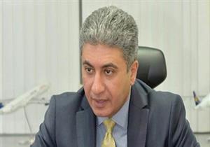 وزير الطيران يصل مطار القاهرة لتوديع الحجاج