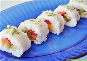 """بالصور: طريقة عمل """"سوشي"""" الفواكه في المنزل"""