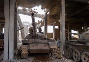 """مسلحون """"يشنون هجوما كبيرا"""" على مناطق للحكومة السورية قرب حماة"""