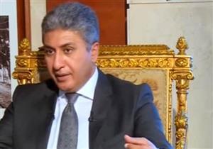 وزير الطيران: لا داعي للكتابة على الفيس بوك عن سلبيات المطارات