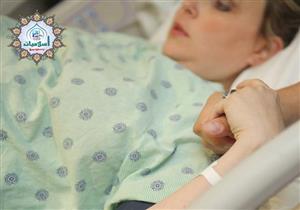 ماتت المرأة الحامل عند الولادة فما حكم غُسلها والصلاة عليها؟