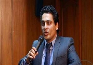 """أيمن عبدالمجيد ناعيًا نافع: رحل """"برنس الصحافة"""""""