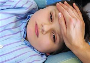 لا تقلقي من «سخونة» طفلك إلا في هذه الحالات