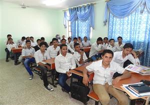 طلاب إعدادية القاهرة ينهون امتحان الجبر والإحصاء والتربية الفنية