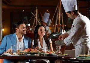 """""""خدمة الطعام"""" هي الأعلى في تصنيف السياحة العالمية"""