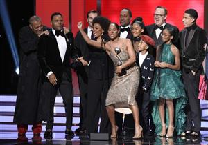 بالصور.. إطلالات نجوم الدراما الأمريكية خلال حفل NAACP Image Awards