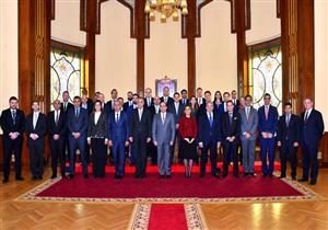 """بالصور.. تفاصيل لقاء الرئيس السيسي بوفد """"صناديق الاستثمار الإقليمية والعالمية"""""""