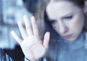 دراسة: النساء أكثر عرضة لاكتئاب الشتاء