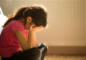 10 علامات تُنذر باكتئاب الطفل
