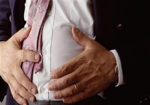 متى يشير انتفاخ البطن لالتهاب الأمعاء الدقيقة؟