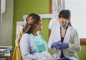 هل يمكن تجميل الأسنان خلال الحمل؟