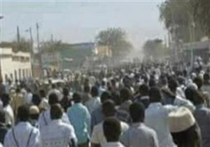 السودان تعتقل صحفيين وتصادر صحف بسبب الاحتجاجات