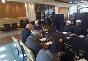 الإمام الأكبر يلتقي رؤساء فروع المنظمة العالمية لخريجي الأزهر