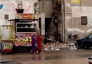 بالصور.. رياح شديدة مصحوبة بالأمطار الغزيرة في بورسعيد