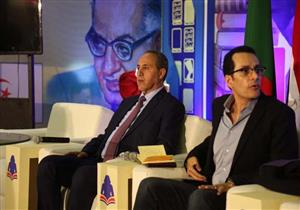 وزير الثقافة الجزائري يروي كواليس حواره مع نجيب محفوظ ويوسف إدريس