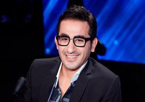 أحمد حلمي يطلب من الجمهور التصويت لـ محمد صلاح ويوجه له رسالة