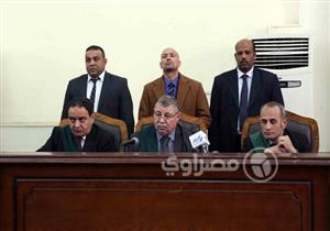 """تأجيل محاكمة بديع وآخرين في قضية """"فض رابعة"""" لـ 24 مارس"""
