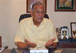 السادات: لماذا فتح البرلمان أبوابه لموسى مصطفى للحصول على تزكيات النواب؟