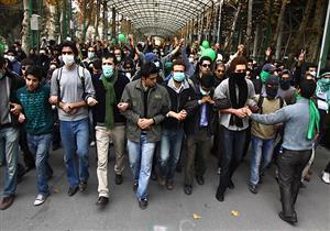 صنداي تايمز: الشعب الإيراني يدفع ثمن امبراطورية فارسية جديدة