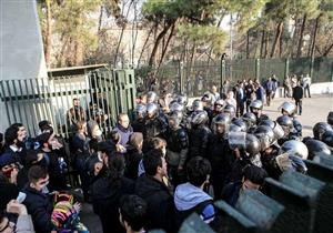 تجدد الاحتجاجات في محافظتي أصفهان وشيراز بإيران