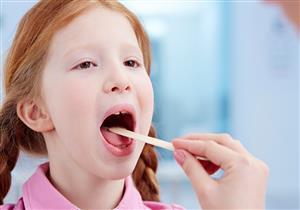 أسباب انسداد المريء عند الأطفال وكيفية علاجه