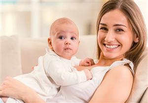 ثرثرة الرضع بأصوات معقدة تنبأ بمستقبلهم