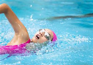 هكذا تؤثر ممارسة السباحة على الصحة النفسية