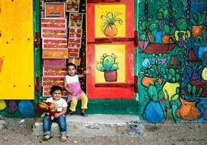 """حين تحولت البرلس إلى لوحة فنية.. السر في """"ريشة"""" فنانين العالم (صور)"""
