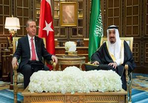 """يوم حافل في """"أزمة خاشقجي"""": بدأ بتهديد سعودي وانتهى بحديث """"الملك والرئيس"""""""