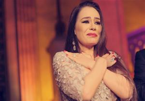 مدحت العدل يرد على أنباء توقف العروض المسرحية لشريهان