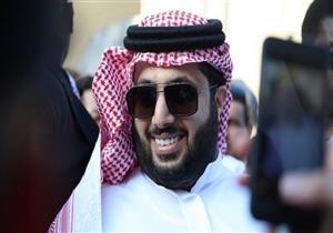 النشرة الرياضية  الأهلي يضيق الخناق على رئيس الزمالك.. ومفاجأة آل الشيخ