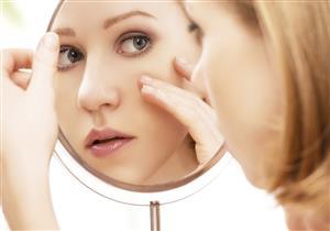 في حالة جفاف العين.. إرشادات عند وضع مستحضرات التجميل