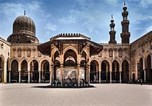 بالصور- المؤيد شيخ.. قصة سجن تحول إلى مسجد زيّن العملة المصرية