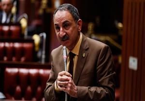 """بعد بتر ساق طالبة في المنيا.. برلماني يطالب بإقالة رئيس """"السكك الحديدية"""""""