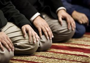 """هل ترك بسْمَلة الفاتحة في الصلاة يُبطلها؟.. """"البحوث الإسلامية"""" يجيب"""